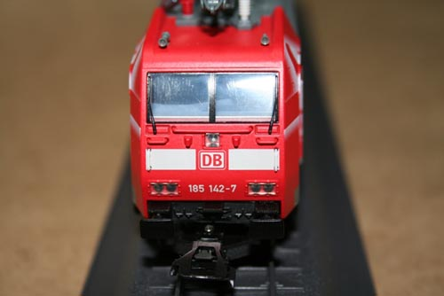 b136892-3.jpg