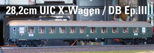 b1UIC-X-III.jpg